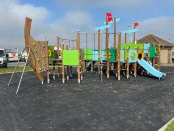 8070 Dory houten speelboot