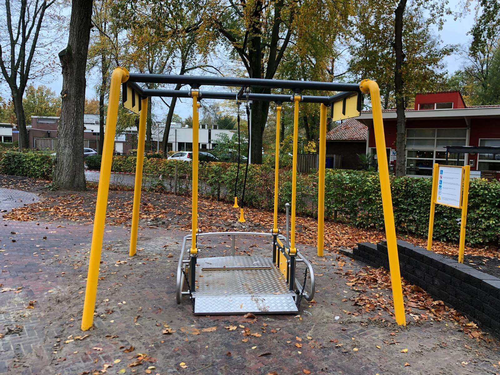 3015 rolstoelschommel