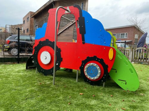 2029 Farm RVS speeltoestel